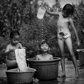 by Yudha Portugal - Black & White Portraits & People