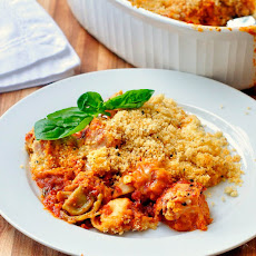 Cheesy Tomato Basil Baked Tortellini with Parmesan Pepper Crumb Topping