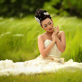 by Herry Aiyumi - Wedding Bride
