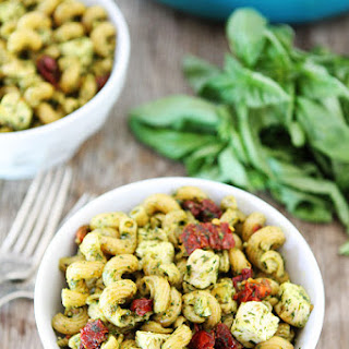 Pesto Chicken Pasta with Sun-Dried Tomatoes