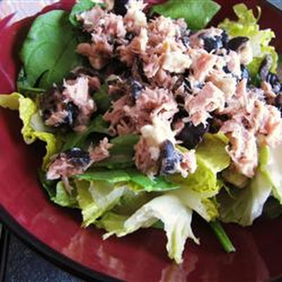 Greek-Style Tuna Salad