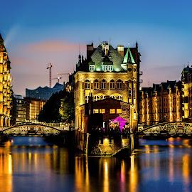 Wasserschloss by Renke Bargmann - Buildings & Architecture Public & Historical ( speicherstadt, sky, night, wasserschloss, nacht, hamburg,  )