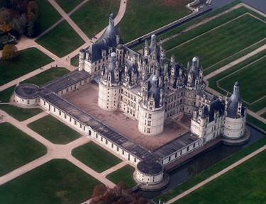 Château de Chambord from the sky