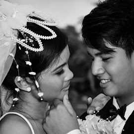 So lucky to have you. by Morrie Lorena - Wedding Bride & Groom ( ninoy parks, wedding shoot )