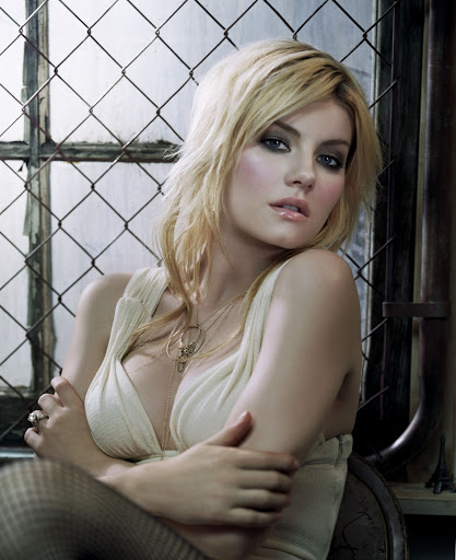 Elisha Cuthbert Photo Shoot.