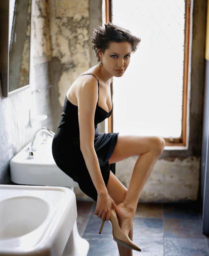 Angelina Jolie-225