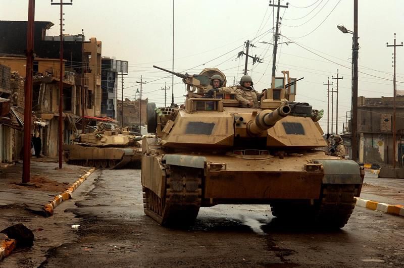 LAND_M1s_3-ID_Iraq_Tal_Afar_lg.jpg