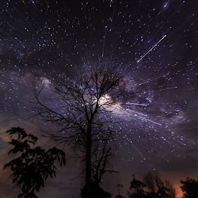 exploded milkyway by Christianto Mogolid - Landscapes Starscapes