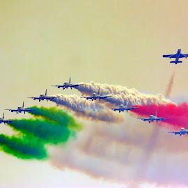 339 pan saluto del gruppo by Roberto Gandolfi - Transportation Airplanes ( plane, 339 pan, aereo, airshow 2014, aeronautica militare, nikon d7100, frecce tricolore, italy, aeronautica italiana,  )