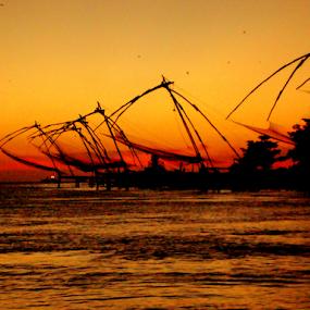 by Amal Vs - Landscapes Beaches ( kochi, sunset, sea, beach, #GARYFONGDRAMATICLIGHT, #WTFBOBDAVIS )