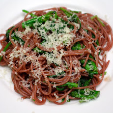 Zinfandel Spaghetti with Spicy Rapini