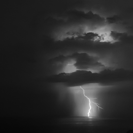 Lightning and clouds by Cesare Morganti - Landscapes Weather ( clouds, lightning, black and white, bw, sea, seascape, landscapes )