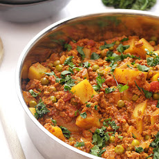 Vegetarian Keema Curry With Peas & Potatoes