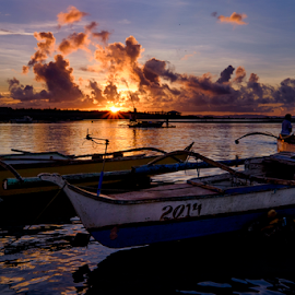 Early Birds by Ferdinand Ludo - Landscapes Sunsets & Sunrises ( fishing boats, banca, cordoba, early morning fishermen )
