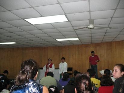 celebracion de la palabran con el salesiano Atilio Vasquez