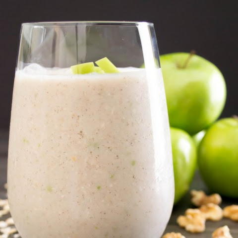Apple Walnut Smoothie