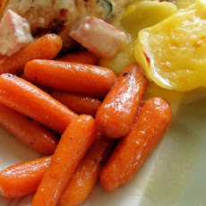 Apple and Honey Glazed Baby Carrots