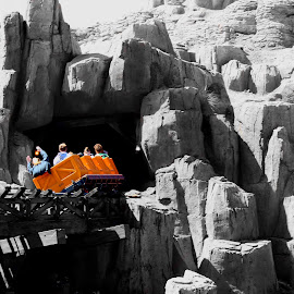 Big Thunder RailRoad - Disney land by Srinath Gopinath - City,  Street & Park  Amusement Parks ( orlando, disney land )