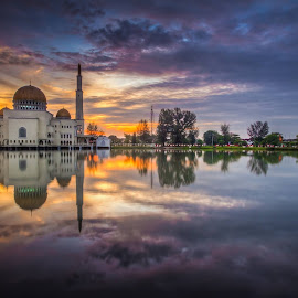 Masjid As-Salam Puchong Perdana by Silver Hawk - Landscapes Sunsets & Sunrises