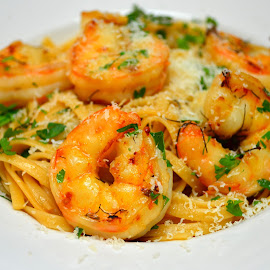 Linguini with shrimp scampi by Mary Smiley - Food & Drink Plated Food ( shrimp scampi,  )