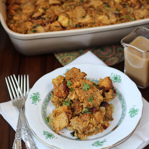 Bacon and Cornbread Stuffing