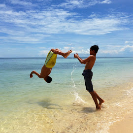 Flip Me Up! by Dick Shia - Sports & Fitness Fitness ( boys, action, flipping, sea, beach )