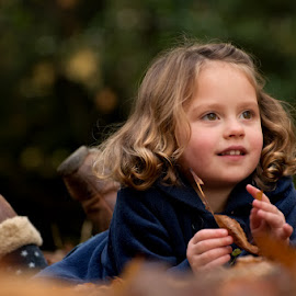 Autumn Mini Sessions by Dominic Lemoine Photography - Babies & Children Child Portraits ( lying, girl, outdoors, leaves, bokeh )