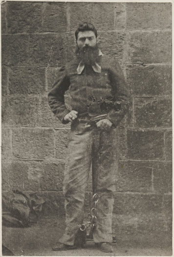 Ned requested that Charles Nettleton, the gaol photographer, take a couple of photos for his family. Later that afternoon, Ned's mother, Ellen, came to see her son for the final time.