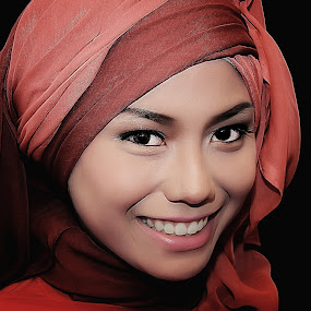 potrait by Dimas Winarto - People Portraits of Women ( potrait, red, women, hijabers )