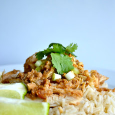 Skinny Crock Pot Thai Peanut Chicken