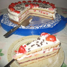 Fudge-Strawberry Cream Torte