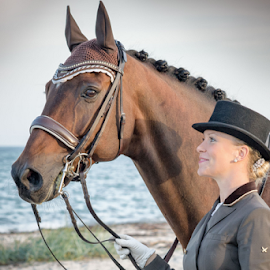 Michelle and Copperfield by Erik Kunddahl - Sports & Fitness Other Sports ( equine, equipage, dressage, ridingsport, nikon, portrait )