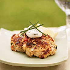 Mini Crab Cakes with Herbed Aioli