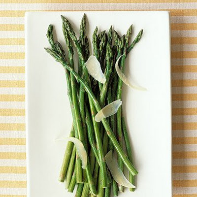 Sauteed Asparagus with Aged Gouda Cheese