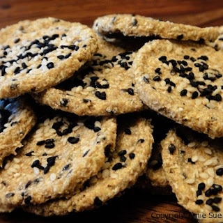 Black Sesame Cauliflower Crackers (nut-free)