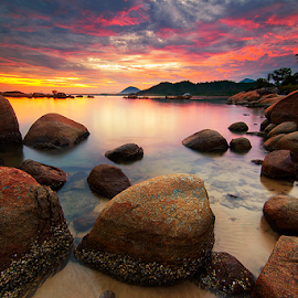 Somewhere in Paradise by Hendri Suhandi - Landscapes Waterscapes ( travel, beach, sunrise, kalimantan, singkawang )
