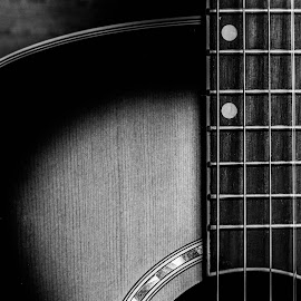 Guitar by Felipe Lima - Artistic Objects Musical Instruments ( b&w, black and white, lovely, guitar, beauty )