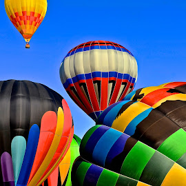 Colors by Roy Walter - Transportation Other ( flight, other, sky. balloons, transportation, hot air balloons )