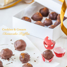 Cookies & Cream Cheesecake Truffles