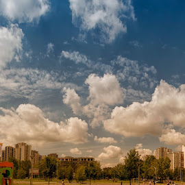 by Vladimir Jablanov - City,  Street & Park  Skylines