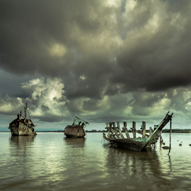 by Fadzli LR - Transportation Boats