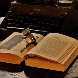 Once upon a time... by Anoop Namboothiri - Artistic Objects Antiques ( old book, earlier times, typewriter, antique typewriter, book, anoop namboothiri, old fashioned specs, close up, antique, times immemorial, specs,  )