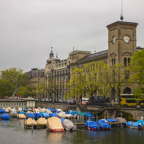 Zürich by Hoang Nguyen Anh - Buildings & Architecture Architectural Detail ( boot, gebäude, fluss, schweiz, zürich )