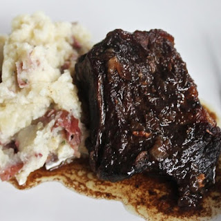 Balsamic-Brown Sugar Short Ribs With Garlic Mashed Potatoes