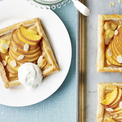 Peach & Almond Slices