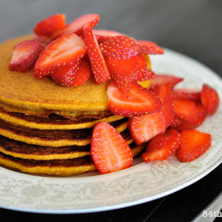 Spiced Pumpkin Pie Pancakes