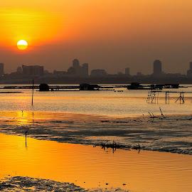 Sunset by Ng Yannfae - Landscapes Sunsets & Sunrises ( sunset, asia, malaysia, landscape, sun )