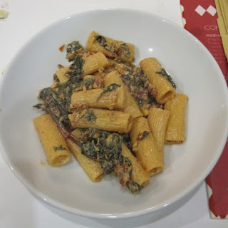 Rigatoni With Goat Cheese Sun Dried Tomatoes And Kale