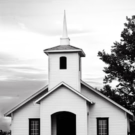Little Church by Cynthia Linderbeck - Novices Only Street & Candid ( church )