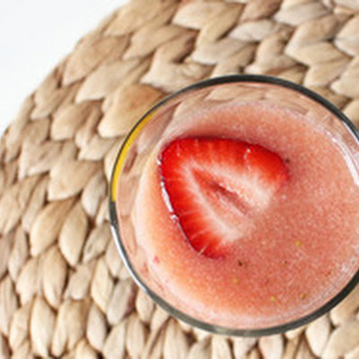 Strawberry and Cantaloupe Agua Fresca with Thyme